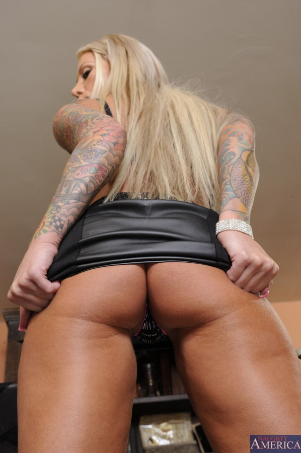 image 23 598x900 Lolly Ink   Naughty Office